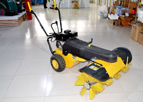 清洁设备—手推式扫雪机