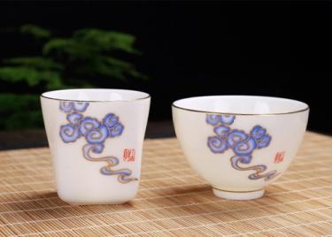 茶艺用具—羊脂玉杯